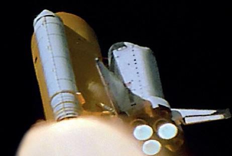 space shuttle columbia foam strike - photo #1