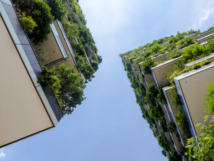 Bosco-Verticale-in-Milan,-Italy-designed-by-the-architect-Stefano-Boeri