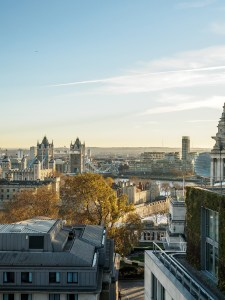 london-view-over-tower-bridge-and-the-thames-from-the-double-tree-hilton-hotel