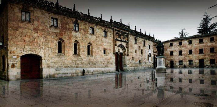 サラマンカ大学 欧州の最古の大学のひとつで1218年の創立とされています。