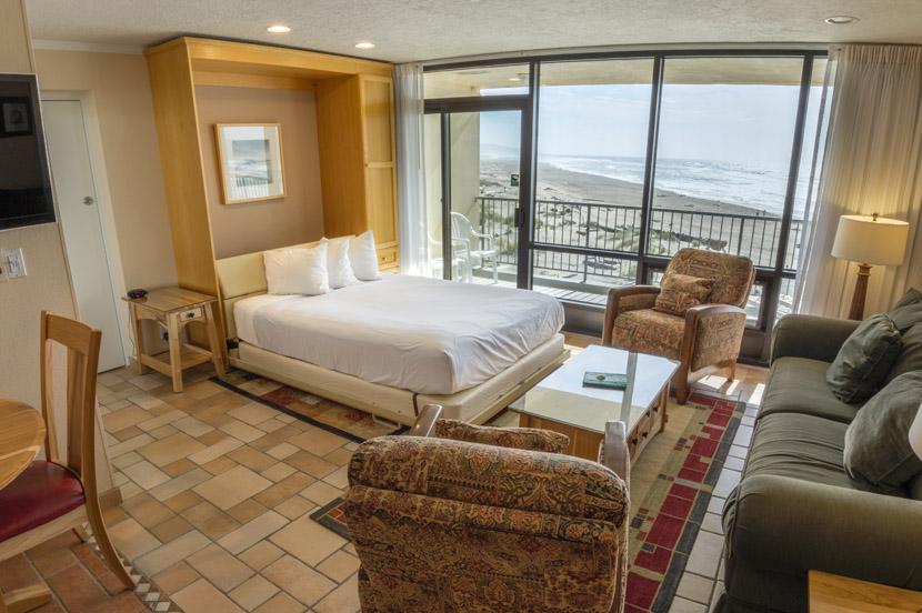 murphy sofa beds cushion cover singapore inn at spanish head - resort hotel lincoln city oregon ...