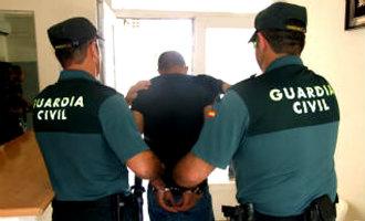 Nederlandse En Belgische Wapenhandelaren Aangehouden In Málaga
