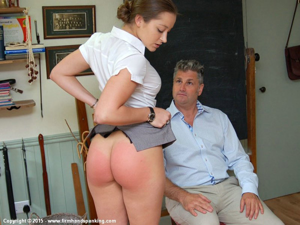 Sexy Dani Daniels shows off her well-spanked bottom