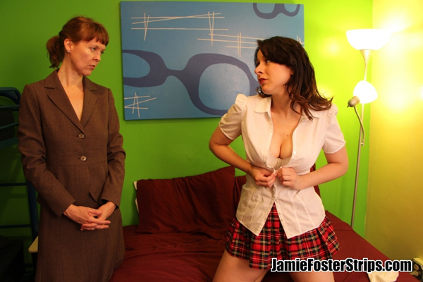 Headmistress Jamie Foster makes big-boobed student Sarah Gregory strip naked