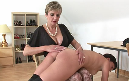 Leia Ann Woods gets spanked OTK by Lady Sonia