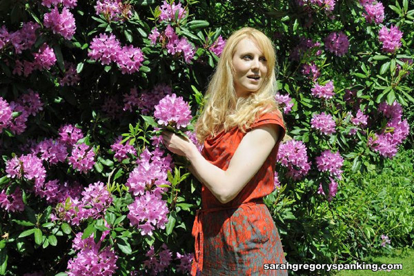 Amelia Jane Rutherford steals a prized flower in Garden Thief Amelia