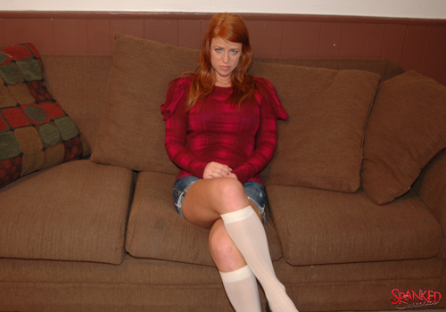 Brand new spanking model Lynn Leona getting spanked by Clare Fonda on Spanked Sweeties