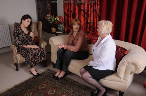 Jana meets Sarah and Katie at the Unladylike Manor