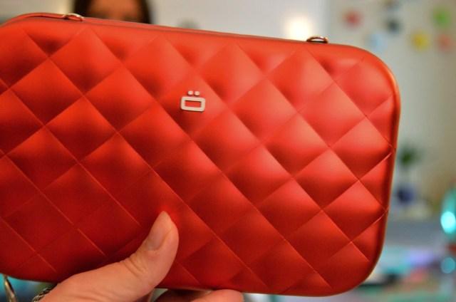 DSC_0134-1024x681 Pochette rossa di OGON DESIGNS