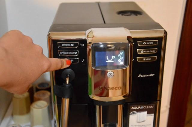 DSC_000128329-1 Tecnology corner: Philips Saeco HD8911/02 Macchina Espresso automatica Incanto Classic Pannarello