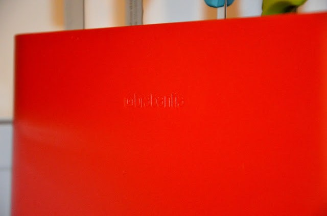 DSC_0039 Brabantia Tasty Colours - Ceppo e coltelli colorati