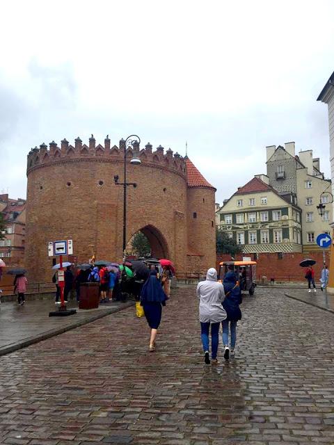 13921064_10202134449160520_7406091108791668029_n Varsavia, piccolo viaggio fotografico - agosto 2016
