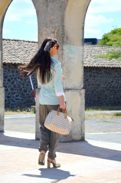 DSC_0198 Pantaloni alla turca e camicia color menta Sumissura