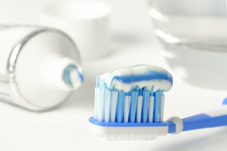 dentifricio con fluoro