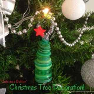 'Cute as a Button'- DIY Christmas Tree Decoration!