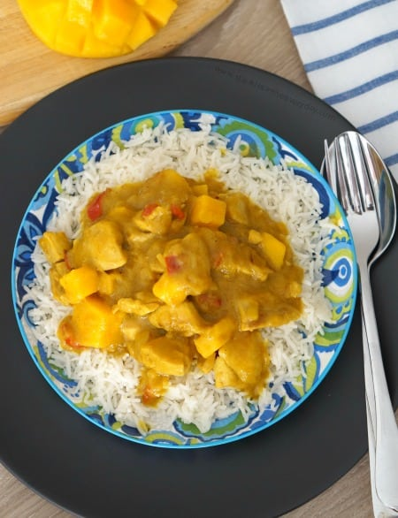 Delicious and Easy Mango Chicken Curry recipe - gluten free too!