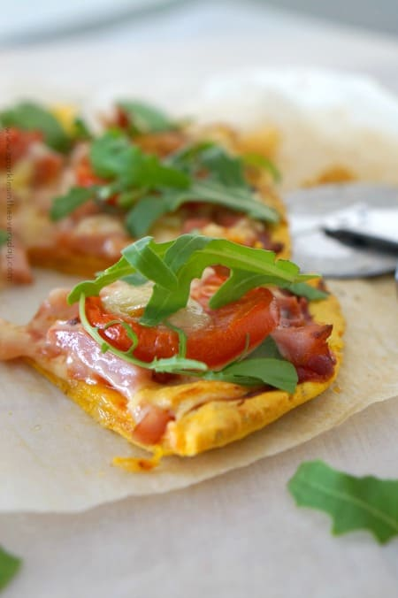 Easy Gluten-Free Sweet Potato Pizza Base with Tomato, Hame and Rocket topping!