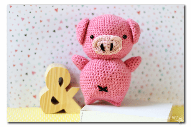 make-your-own-crochet-stuffed-pig