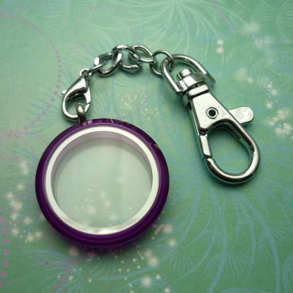 Key Chain Locket - Purple Uv Colour Floating Charm