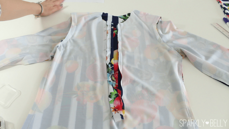 How to sew on a placket 2