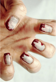 scary halloween nail design
