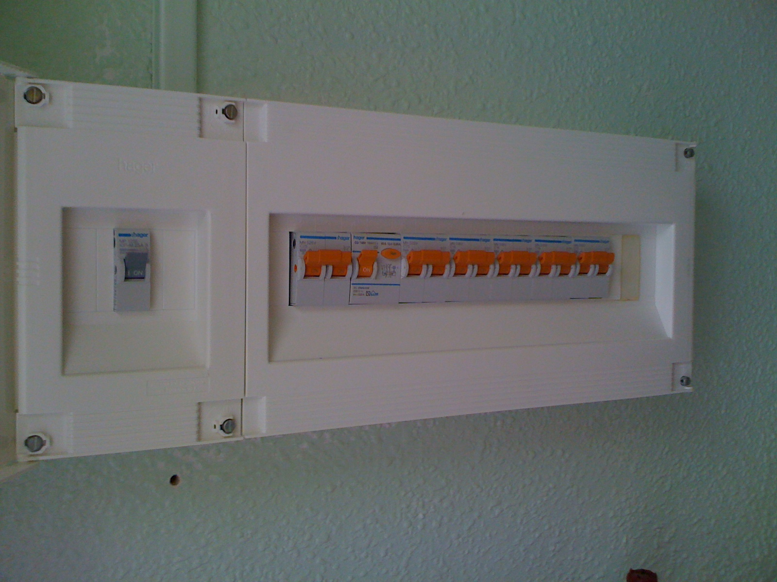 Consumer Units - Sparks in Spain on