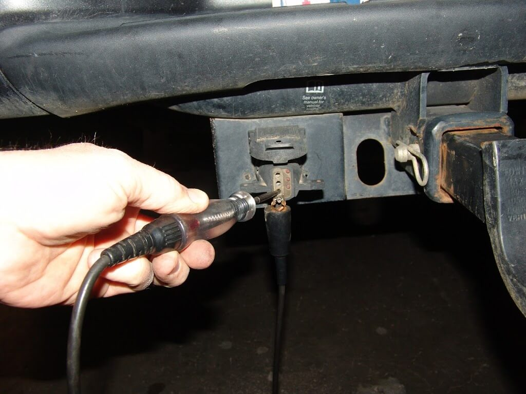 T 4 Wire Trailer Wiring Diagram Sparky S Answers 2010 Nissan Titan Trailer Fuse Locations