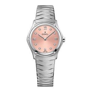 Dames horloge uit de Ebel Sport Classic collectie - uitgevoerd met een stalen band en kast en een roze wijzerplaat - voorzien van een quartz uurwerk en een diamanten index - De Ebel collectie is verkrijgbaar bij Sparnaaij Juweliers in Aalsmeer
