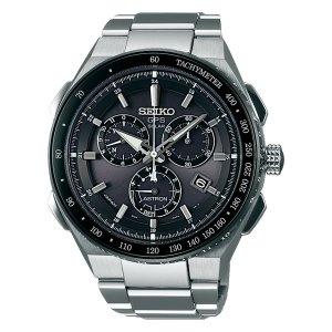 Heren horloge uit de Seiko Astron collectie - Met een druk op de knop en uitsluitend gebruik makend van door licht opgewekte energie, kan een Astron GPS Solar horloge contact leggen met 4 of meer satellieten, de tijdzone identificeren en de wijzers boven de wijzerplaat op de juiste lokale tijd zetten. Met een maximale afwijking van 1 seconde per 100.000 jaar - uitgevoerd met een Titanium kast en band - voorzien van een GPS Solar uurwerk met chronograph functie - waterdicht tot 100 meter - De Seiko Astron collectie is verkrijgbaar bij Sparnaaij Juweliers in Aalsmeer