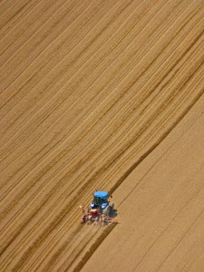 tractor-1048402_1280