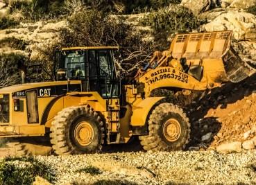 bulldozer-1178029_1280