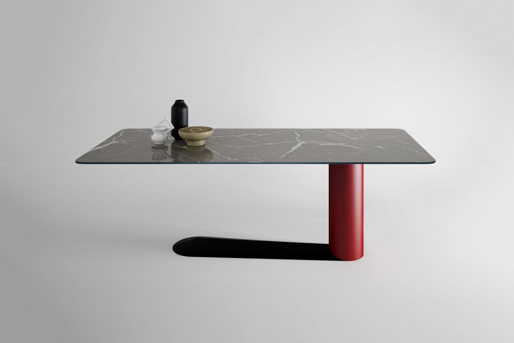 Bold table LAGO