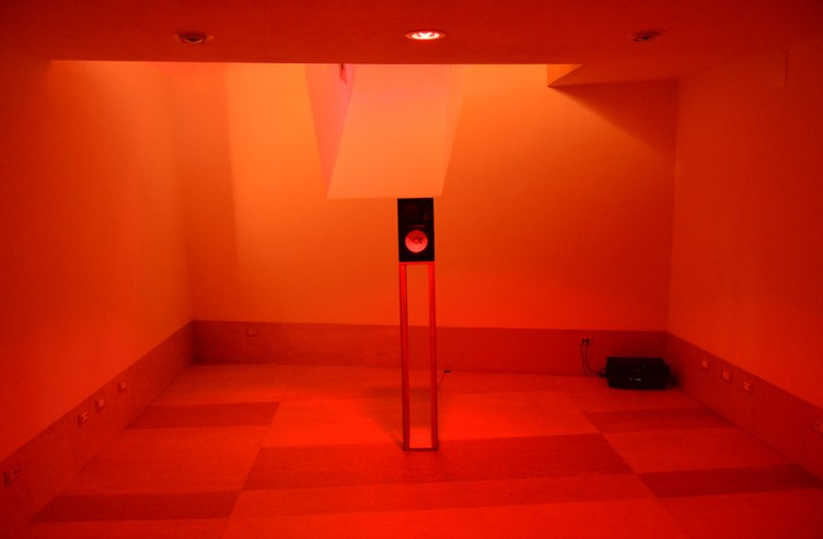 Il Suono in Mostra 2016 – Sebastien Roux (FR) – 10 Sinetones reaching 700Hz every 4 minutes – photo: Lara Carrer