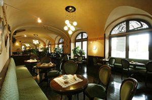 CAFFÈ LETTERARI Caffè Nazionale di Aosta