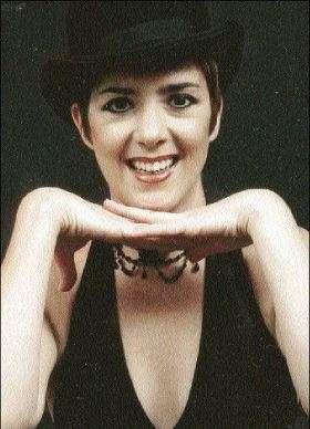 Tonya Koenderman - Cabaret Performer