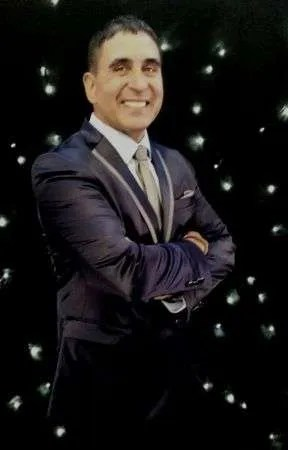 Andre Hermanus-Corporate Magician