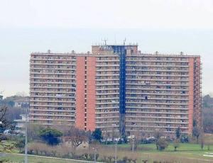 Hotel House e area confinante