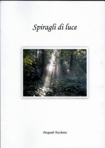 """Copertina del libro """"Spiragli di luce"""""""