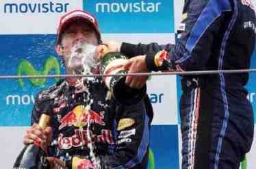 webber-f1-champagne