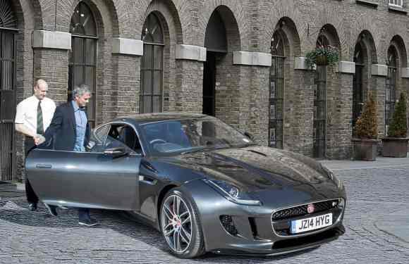 José Mourinho-Jaguar F-Type Coupe R-2