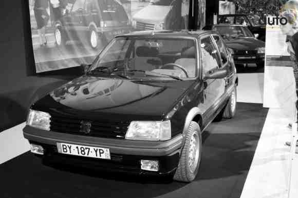 Une Peugeot 205 GTi dans un état neuf, le rêve pour nos amis youngtimers !