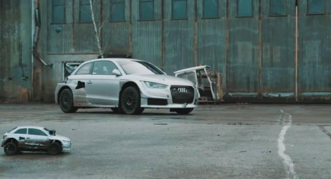 Audi S1 EKS contre sa réplique au format radiocommandée