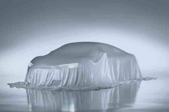 Le voile cachant cette Audi R8 se retirera le 5 mars à Genève. Patience !