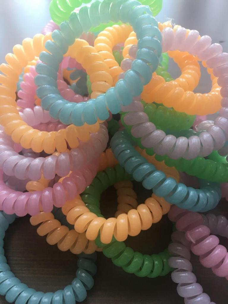 chew bracelets in many different colors for kids with autism
