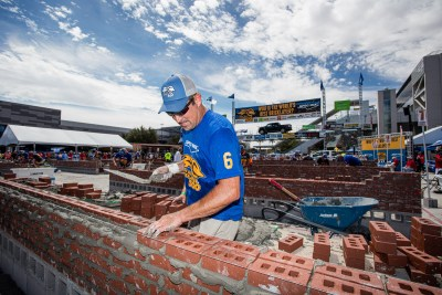 Marty Marrs laying a course of brick at the 2021 SPEC MIX BRICKLAYER 500