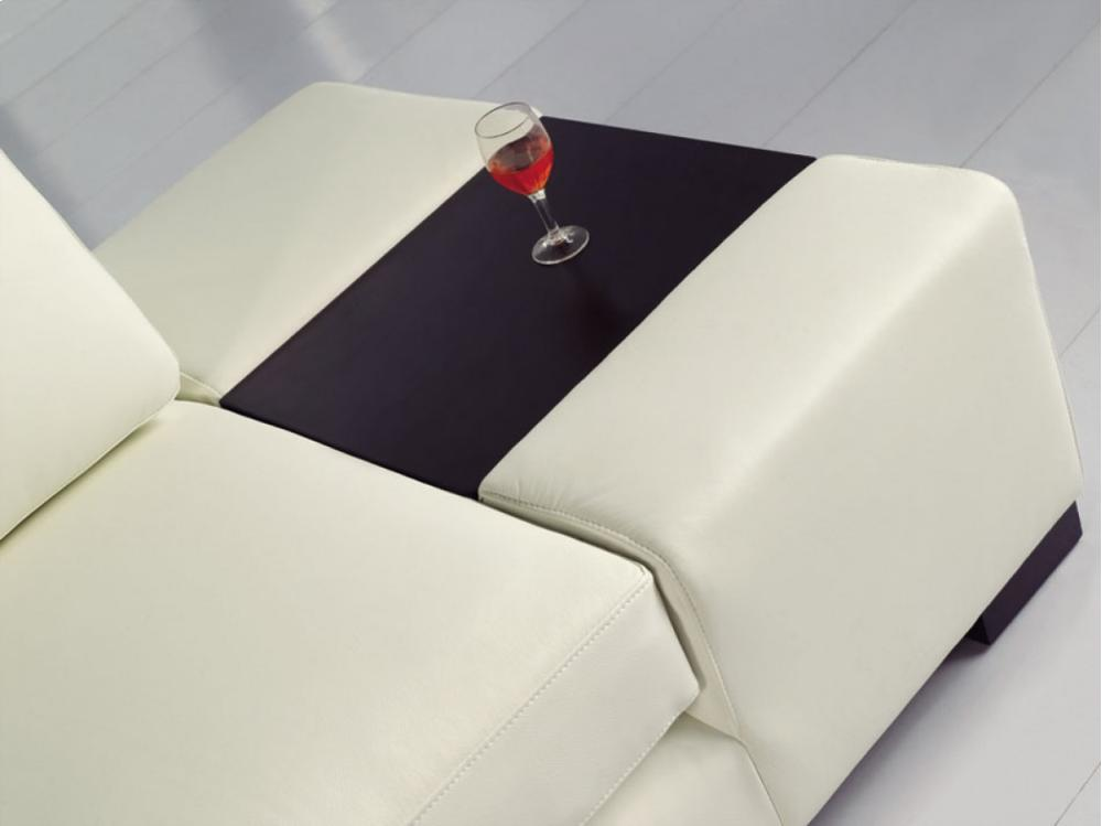 t35 mini modern white leather sectional sofa reclining bed vgyit35minibl in by vig furniture divani casa eco with light
