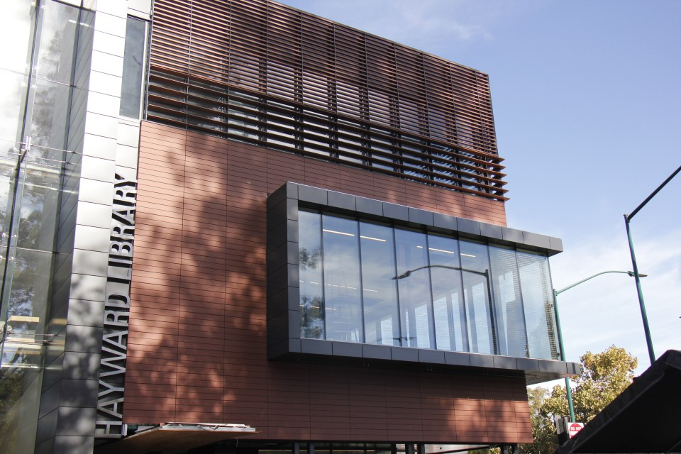 A look at the front entrance of the new Hayward Library, with glass see-through windows.