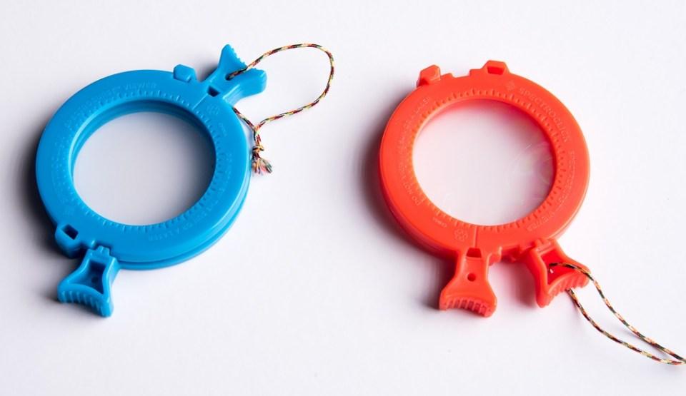 Blue and Orange frames adjacent