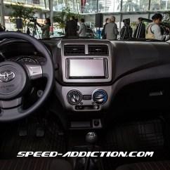 Interior New Agya Trd 2017 List Grill Grand Avanza Veloz Presentan El Novedoso Toyota Ayga