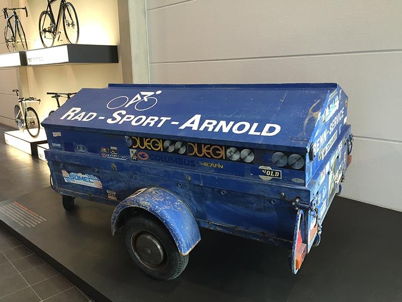 Radsport Arnold Anhänger